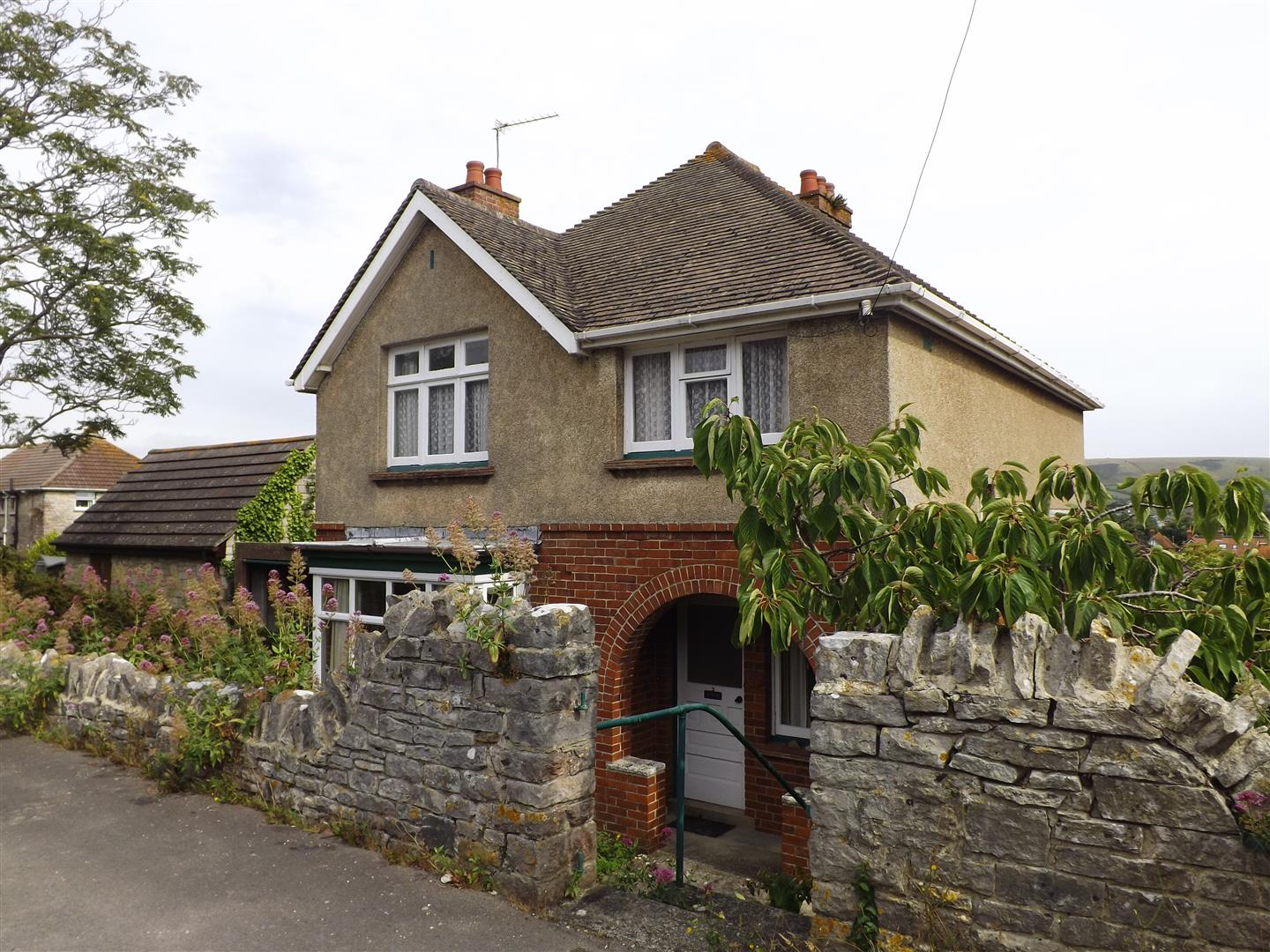 3 Bedrooms Detached House for sale in South Road, Swanage